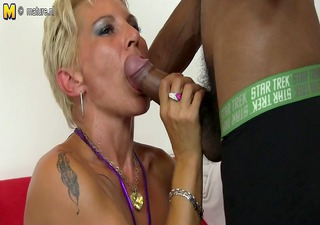 Hawt white mommy in an interracial orgy